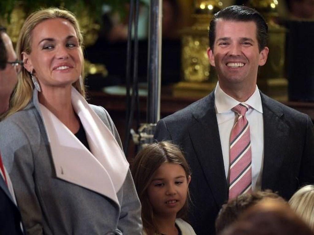 Duh.. Putra Trump Digugat Cerai Istrinya