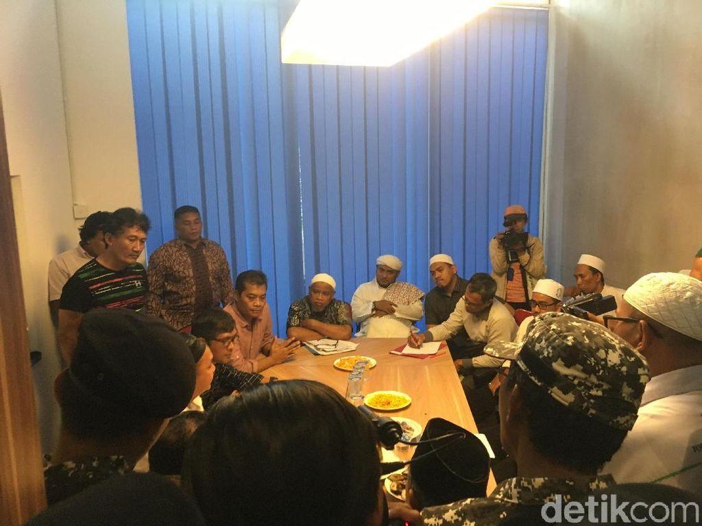Protes Karikatur, Perwakilan FPI Bertemu Redaksi Majalah Tempo