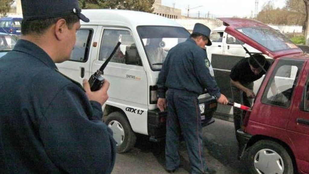Pakai Trik Ngumpet Saat Tilang, Polisi di Uzbekistan Bisa Dihukum