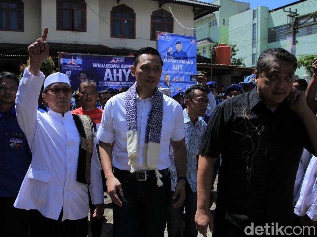 Foto: Safari Politik AHY ke Pesantren Yamisa Bandung