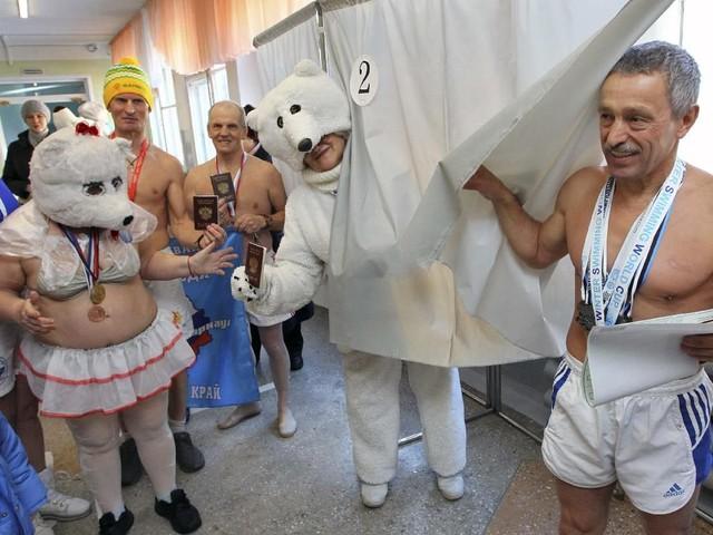 'Beruang Kutub' sampai Tentara Memilih di Pilpres Rusia