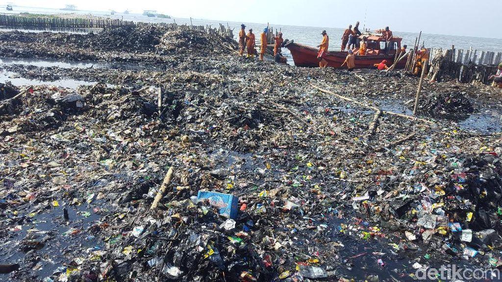 Sampah di Jakarta Utara: dari Penjaringan Hingga Pantai Marunda