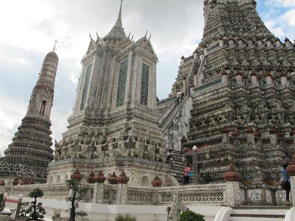 Kuil yang Wajib Dikunjungi Kalau Liburan ke Bangkok