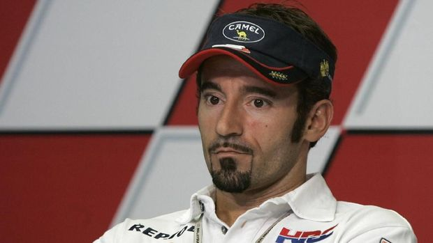 Max Biaggi pernah membalap di Superbike pada usia 40 tahun. (