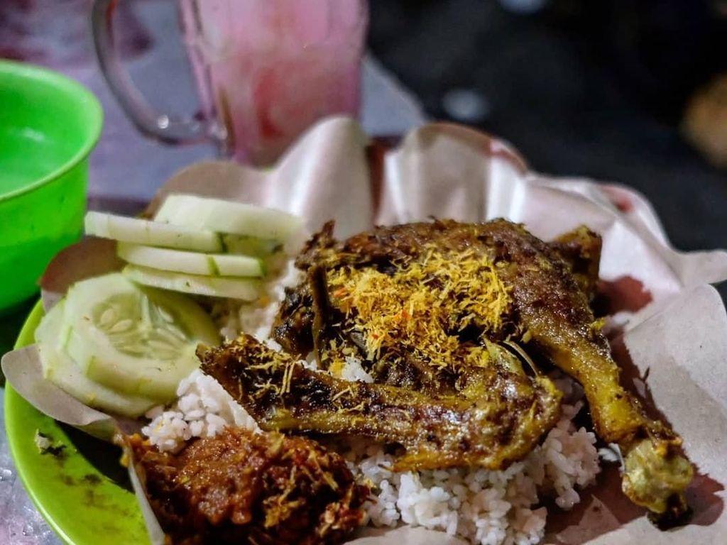 Bikin Lapar! Netizen Pamer Bebek Goreng yang Gurih Juicy