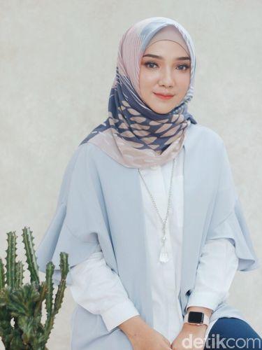 Review Hijab Motif Voal Murah dan Mahal oleh Ayu Indriati, Apa Bedanya?
