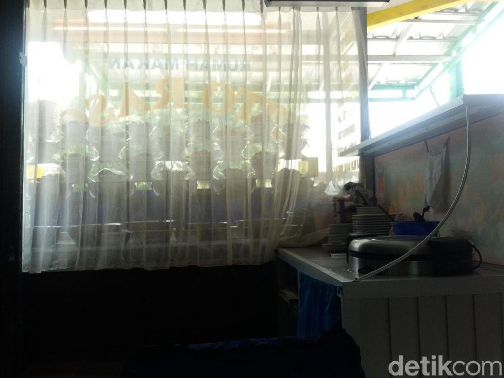 Misteri Asal Muasal Ular Sanca 4 Meter yang Acak-acak RM Padang
