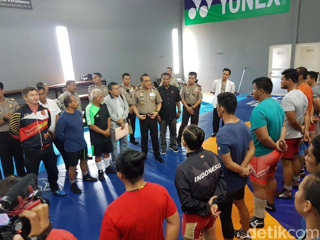 Tinjau Pelatnas Gulat, CdM Asian Games Juga Bawa Tim Kedokteran