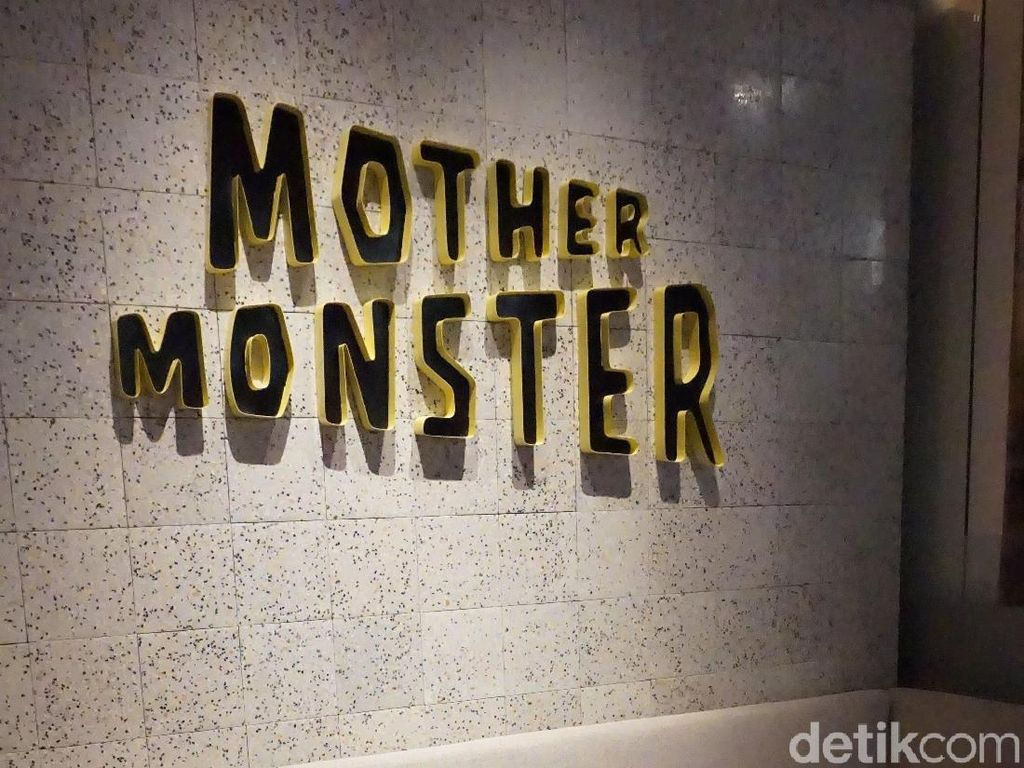 Bersantap Ditemani Interior Unik ala Mediterania-Futuristik di Mother Monster