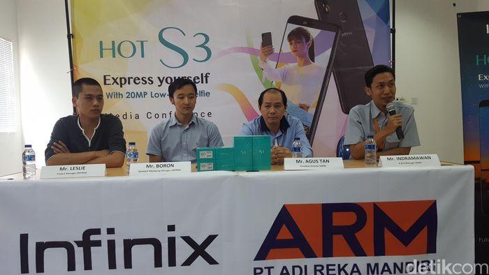 Suasana konferensi pers Infinix (Foto: Muhamad Imron Rosyadi/Gobekasi)