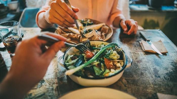 Tidak semua kombinasi masakan yang enak menciptakan tubuh menjadi sehat. (Foto: iStock)