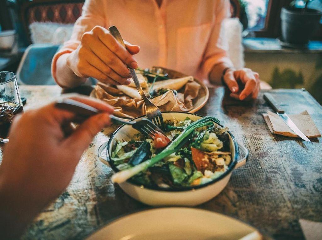 6 Kombinasi Makanan yang Beracun Bagi Tubuh Jika Dikonsumsi Bersamaan