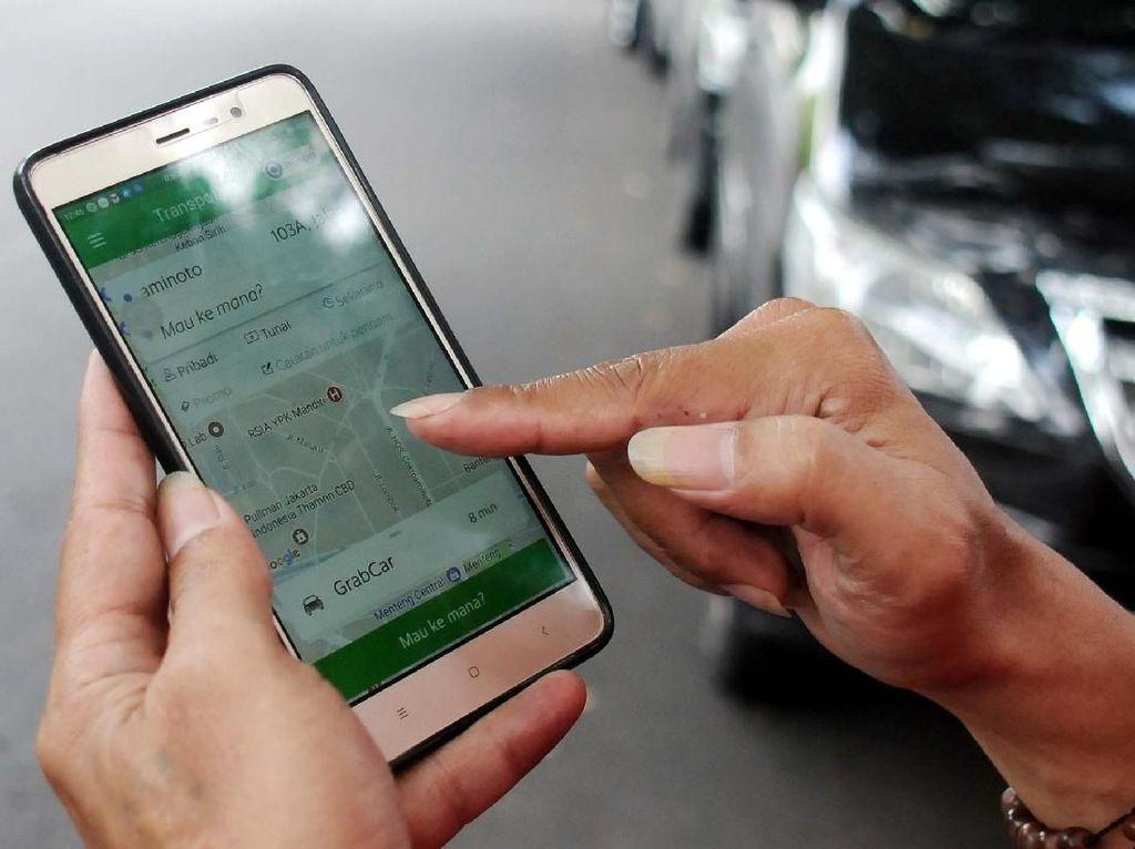 Curhat Driver Taksi Online, Bebas Uji KIR Tapi Bayar Izin Rp 5 Juta