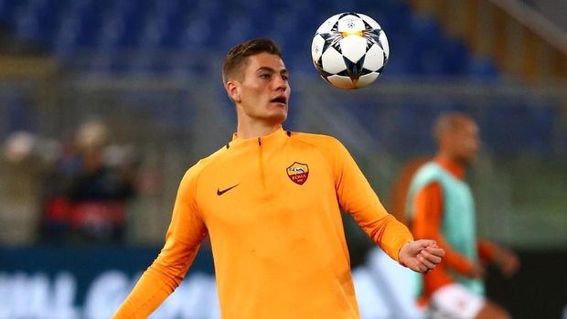 Soccer Football - Champions League Round of 16 Second Leg - AS Roma vs Shakhtar Donetsk - Stadio Olimpico, Rome, Italy - March 13, 2018   Roma's Patrik Schick warms up before the match    REUTERS/Alessandro Bianchi