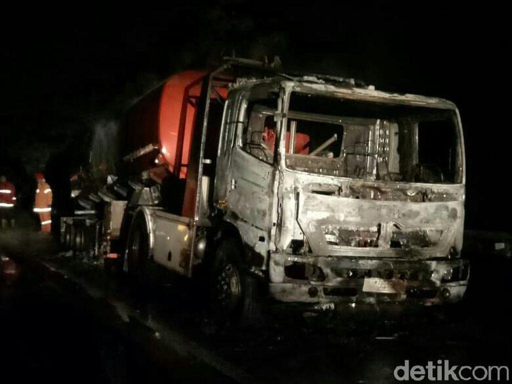 Truk Tangki BBM Terbakar di Tol Merak, Apa Penyebabnya?