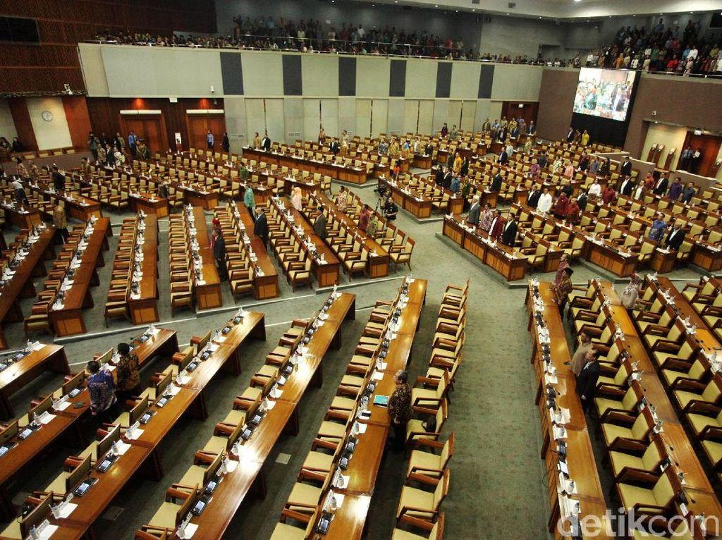 268 Anggota DPR Absen Rapat Paripurna Hari Ini