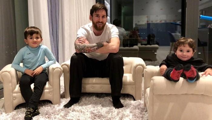 Lionel Messi, Thiago, dan Mateo