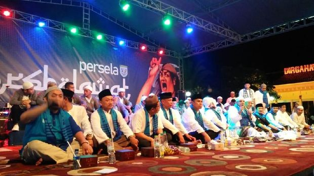 Gema Selawat Warnai Launching Persela