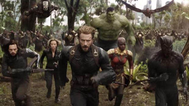 Seluruh pahlawan super Marvel bersatu melawan Thanos.