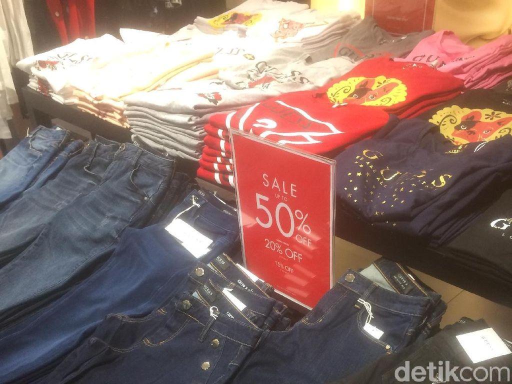 Jeans Hingga Dress Pesta Diskon 50% di Guess Grand Indonesia