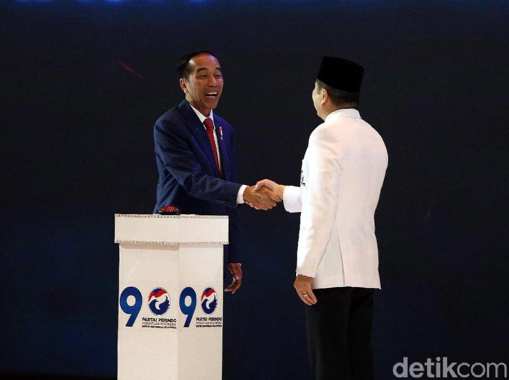 Jokowi Beri Pembekalan ke Caleg Perindo
