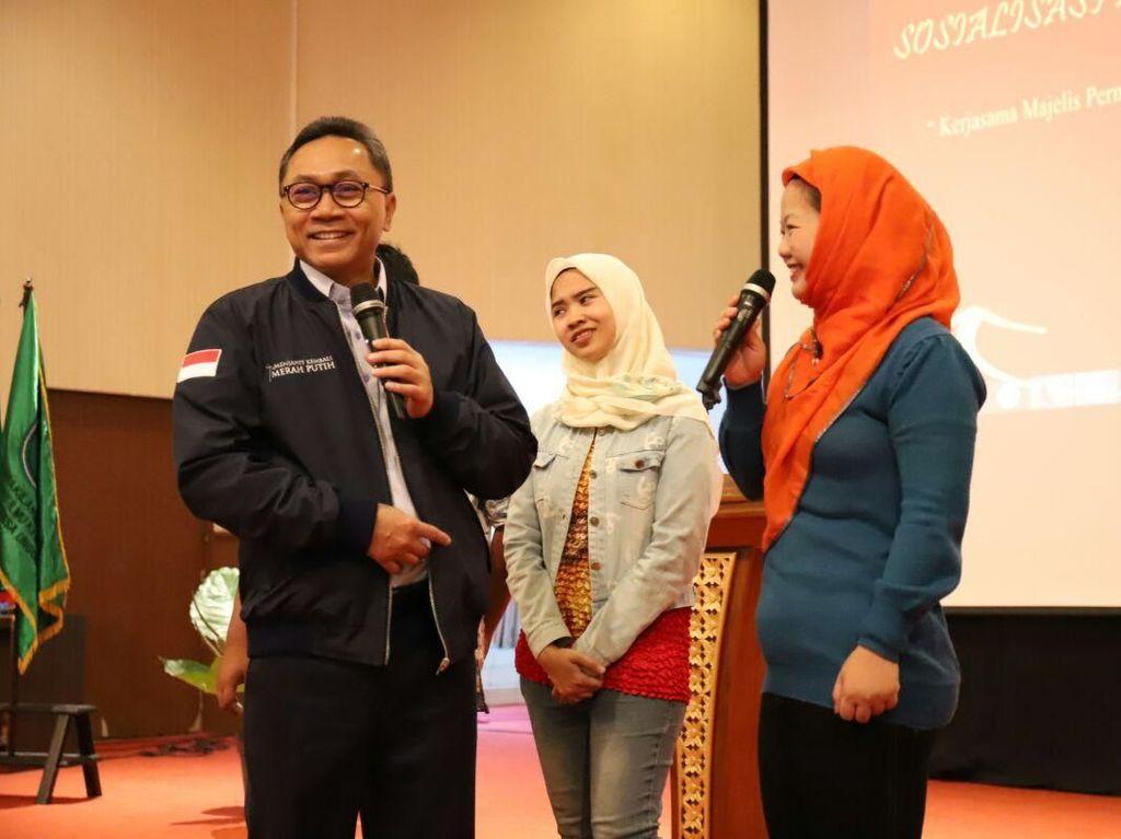 Zulkifli Hasan Ajak Orang Baik Berani Gabung Partai Politik