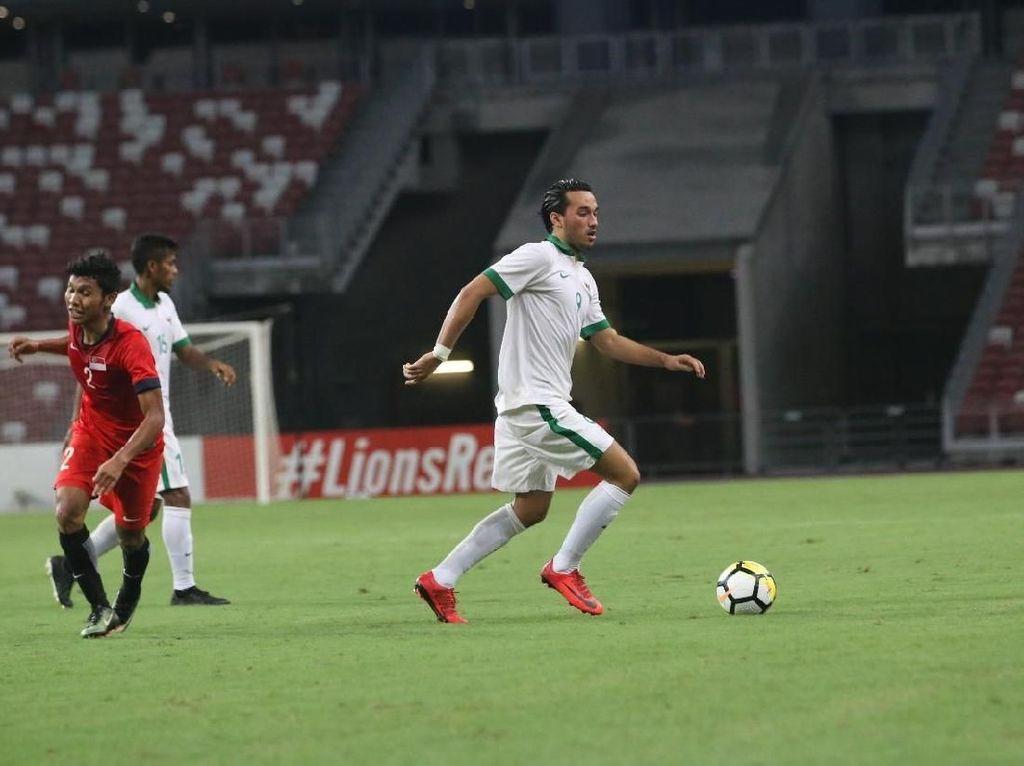 Pasal Pengganjal Ezra Walian Memperkuat Timnas di Kualifikasi Piala Asia U-23