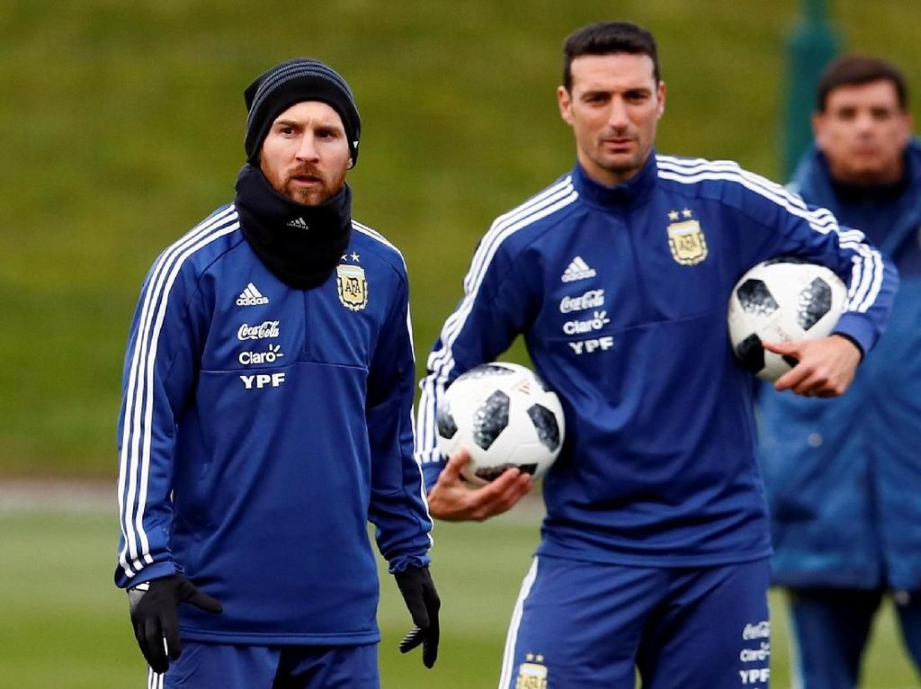 Scaloni Masih Dipercaya Argentina untuk Kualifikasi Piala Dunia 2022