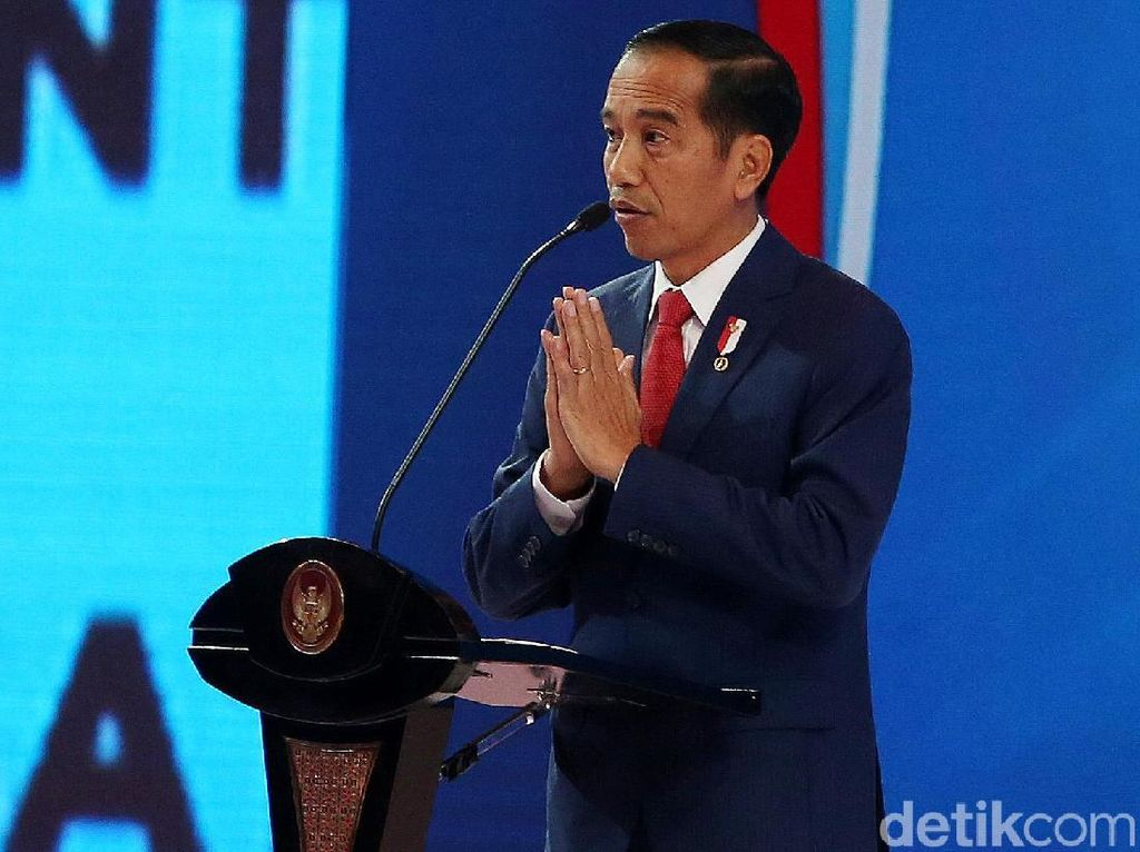 Survei Cyrus: Head to Head Jokowi 71,8% Vs Gatot 19,1%