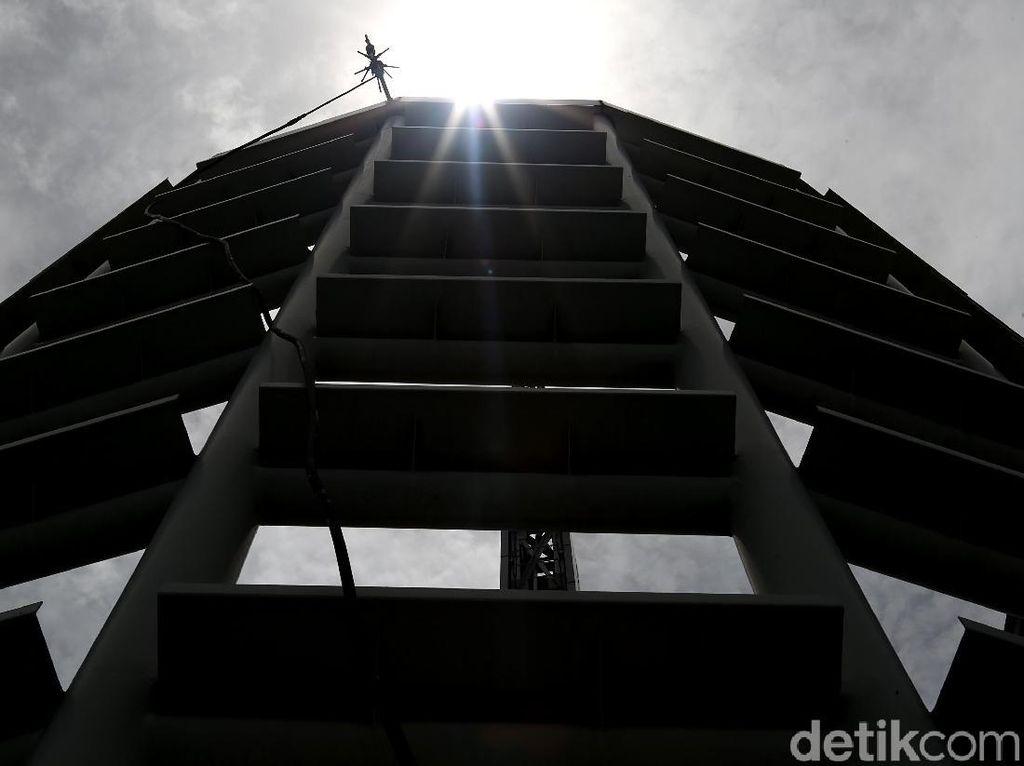 Hari Tanpa Bayangan di Jakarta Terjadi Siang Ini, Catat Jamnya
