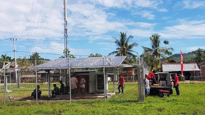 Pembangunan BTS yang dilakukan Telkomsel di sejumlah wilayah di Indonesia. Foto: Dok. Telkomsel