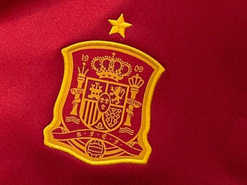 Tentang Kans Bela Timnas Spanyol: Dari Dani Alves Sampai Messi