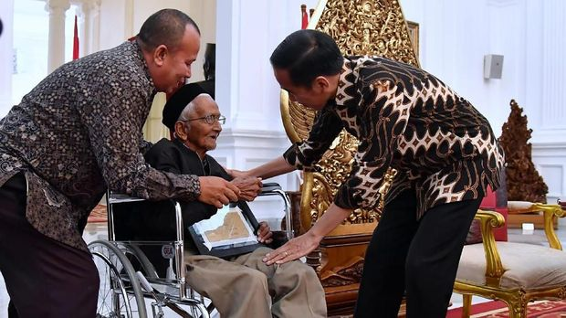 Presiden Jokowi mengamini sejumlah permintaah Nyak Sandang