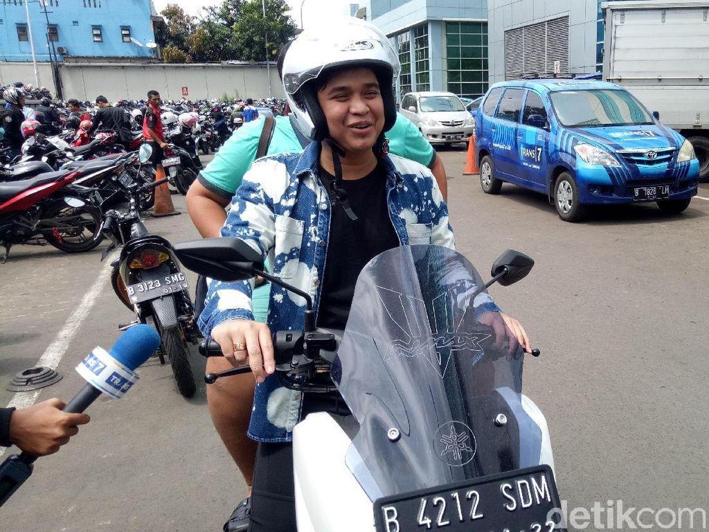 Terungkap! Adik Billy Syahputra Ngaku Jadi Tukang Parkir Cuma Bantu Teman