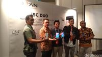 Strategi Advan Makara 'Apple dan Samsung-nya' Indonesia