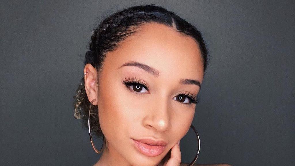 Viral, 10 Langkah Menghilangkan Bekas Jerawat dari Beauty Vlogger