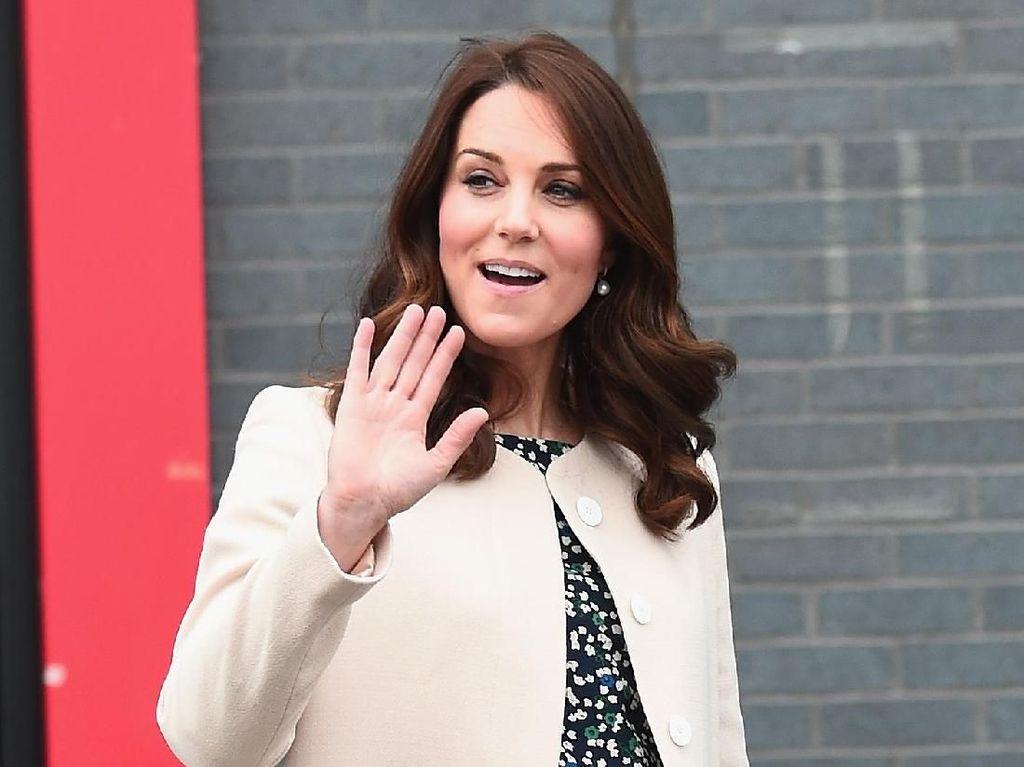 10 Gaya Stylish nan Menawan Kate Middleton Saat Hamil Anak Ketiga