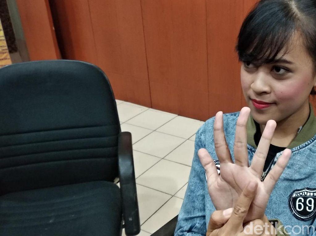 Aksi David Pasang Cincin Horor Bikin SPG Ini Dag-dig-dug
