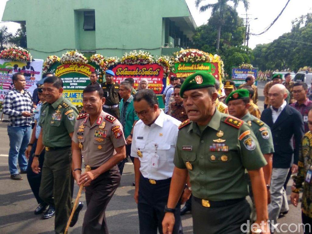 Lepas Sambut Pangdam Jaya, Anies: Soldier Never Retire