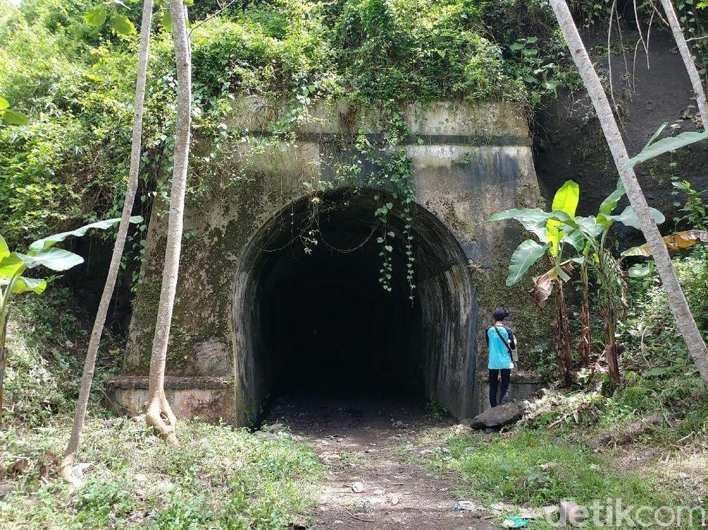 Foto: Mitos Pesugihan di Terowongan Wilhelmina