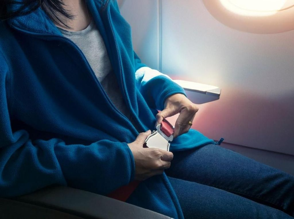 6 Cara Atasi Jet Lag Bagi Traveler Pebisnis