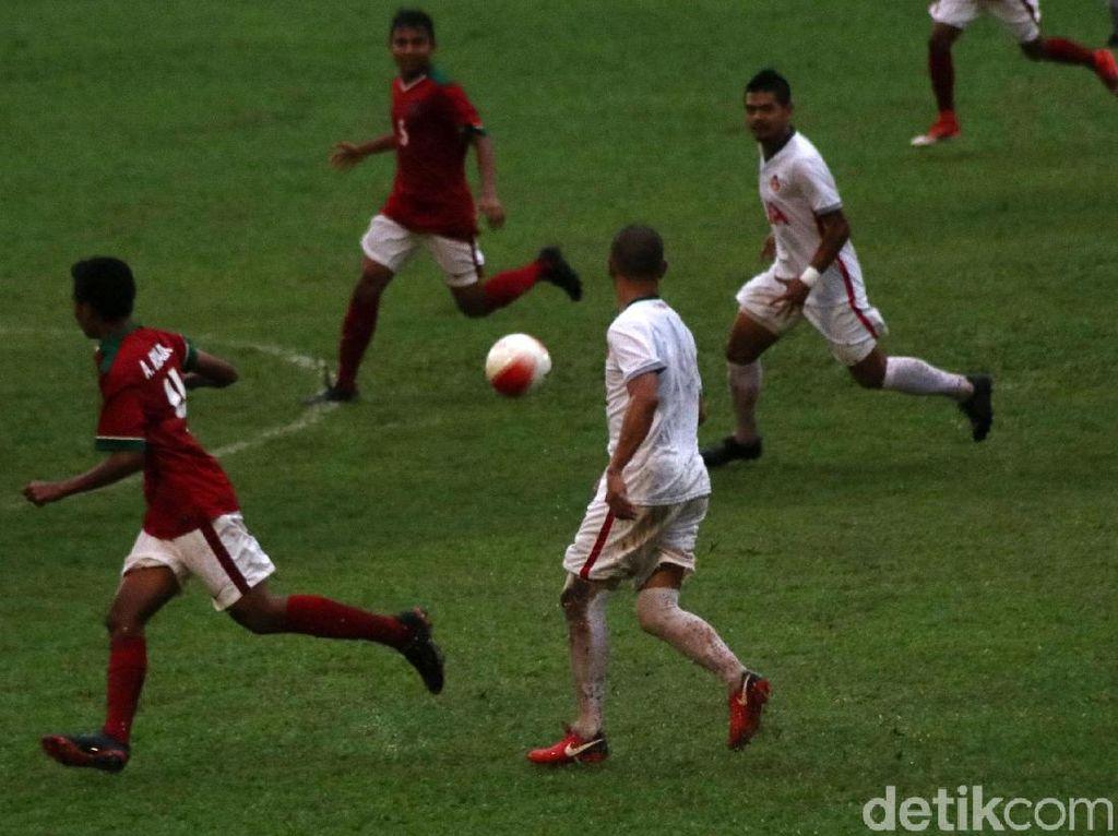 Timnas U-16 vs Indonesia Legend All Star Berakhir Imbang