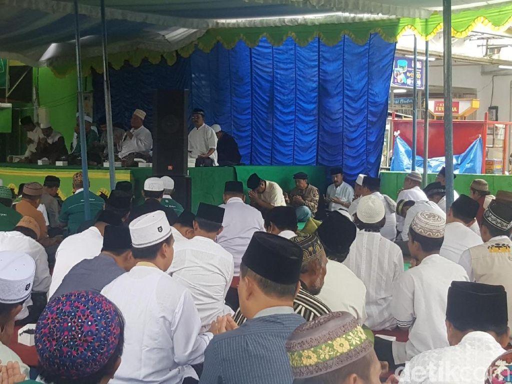 Pendukung Berharap Mukjizat Cawalkot Anton Bebas dari Jerat KPK