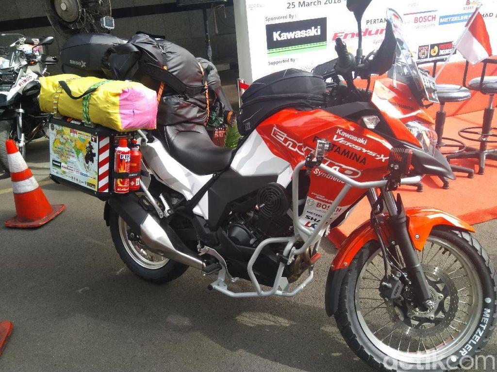 Touring Jakarta-London Naik Motor, Berapa Biayanya?