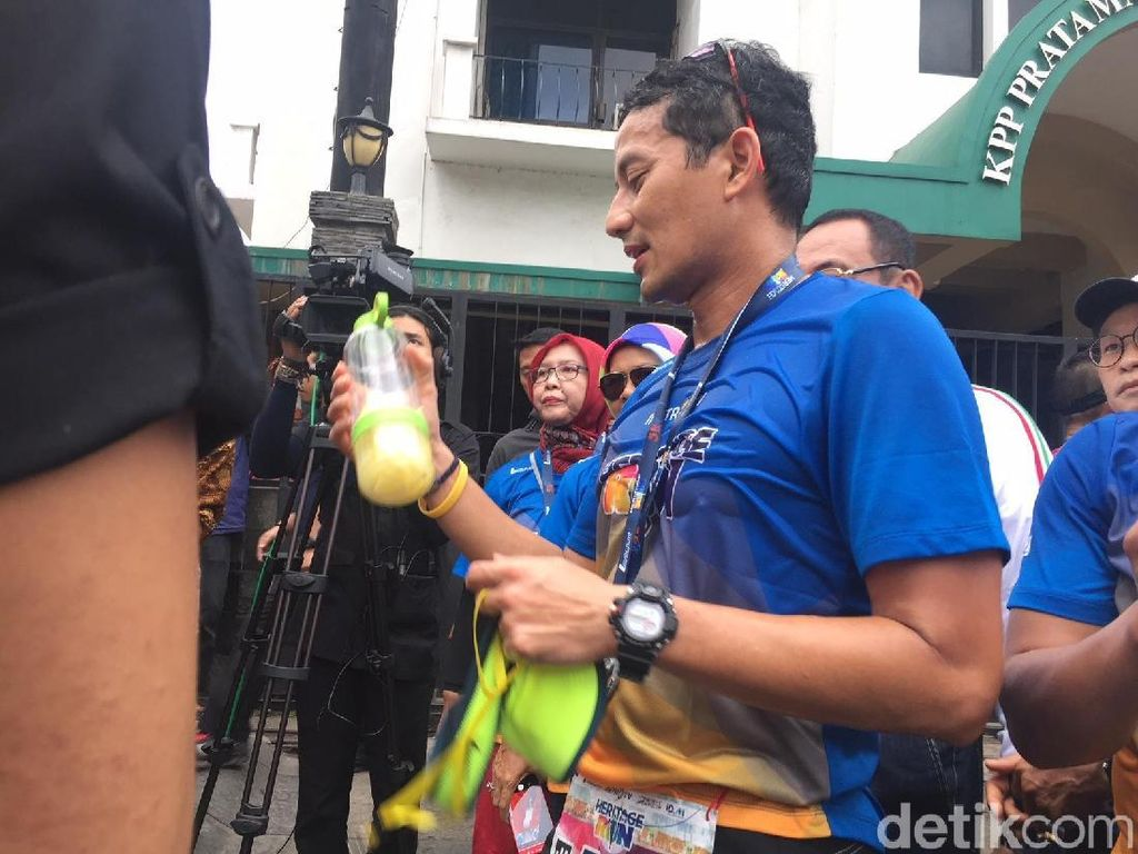 Sandiaga Uno : Rajin Minum Infused Water Tak Jamin Bebas COVID-19