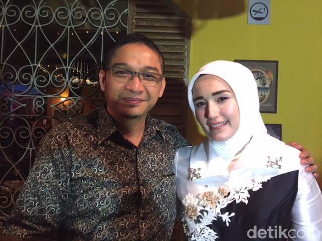 Makin Mesra, Pasha Ungu & Adel Rayakan Ulang Tahun ke-7 Pernikahan