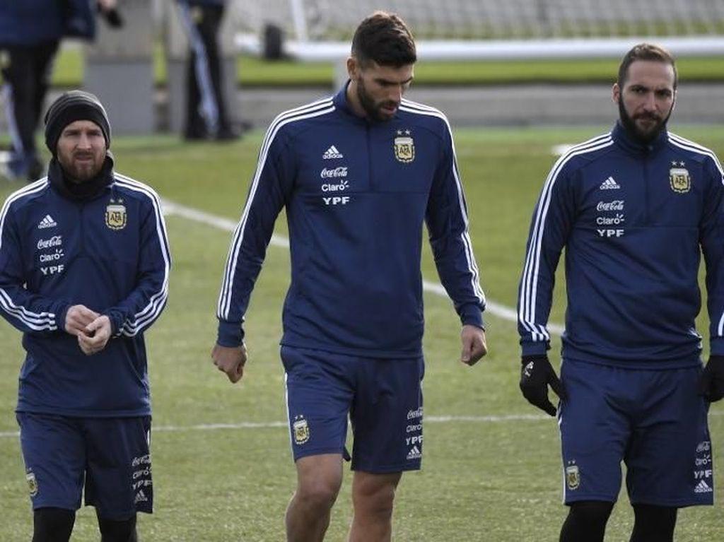 Barcelona Bakal Bantu Messi Fit untuk Piala Dunia