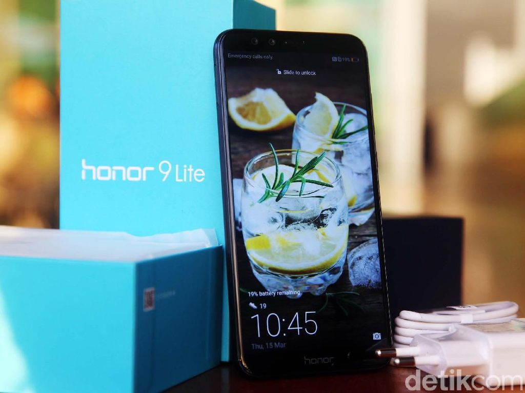 Pecahkan Rekor Shopee, Honor 9 Lite Kembali Geber Flash Sale