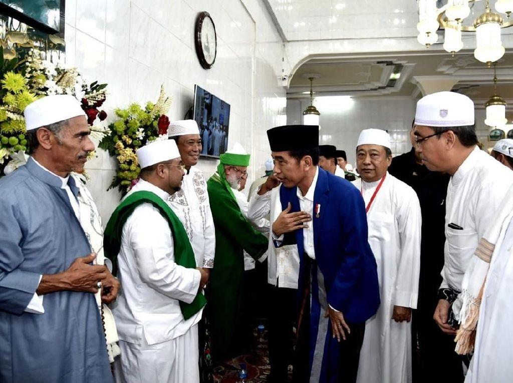 Jokowi Hadiri Haul Guru Sekumpul di Martapura