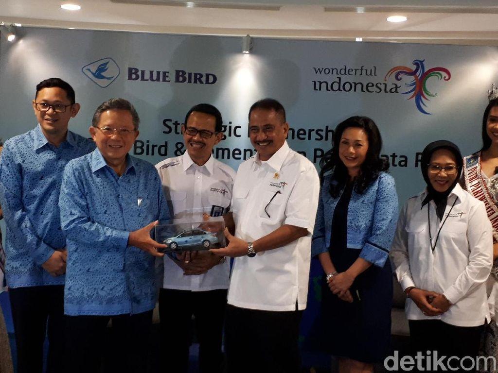 Blue Bird Jadi Official Partner Visit Wonderful Indonesia 2018